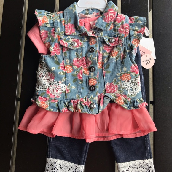 🌸 NWT Little Lass Outfit - 12 Months 🌸